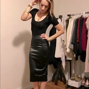 ✨Host Pick ✨ Black Sexy Skirt with Gold Zipper